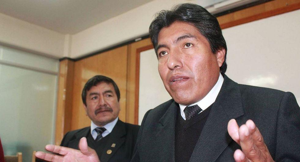 Alcalde de Puno realiza reajustes al interior de municipio lacustre