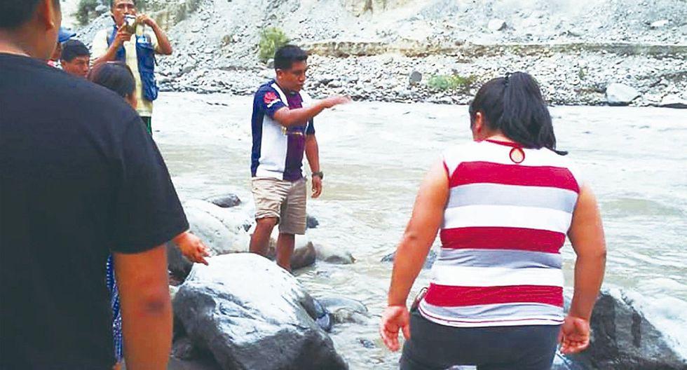 Familiares piden que se intensifique búsqueda de niño que cayó al río Santa