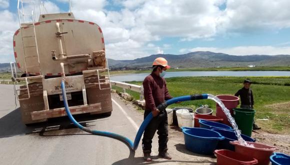 Camiones cisterna, no estarían siendo utilizados para atender la emergencia. (Foto: Difusión)