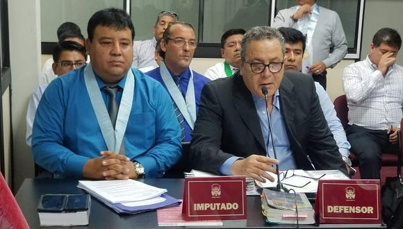 Javier Atkins en el banquillo de los acusados por presunta sobrevaloración del puente San Miguel