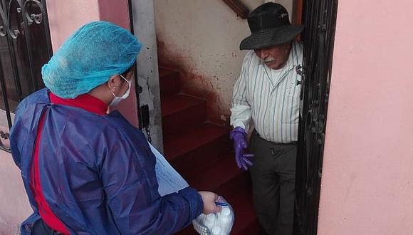 Empezaron con la entrega de medicamentos a domicilio a personas vulnerables en Arequipa