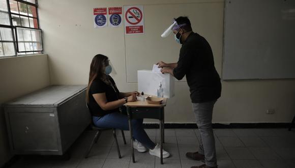 Especialista en Salud Pública del Ministerio de Salud brinda algunas precisiones que los electores puedan emitir su voto este 11 de abril y reducir cualquier riesgo de contagio en medio de pandemia por el coronavirus. (Foto: Anthony Niño de Guzmán / @photo.gec)