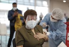 Personas de 58 a 59 años se vacunarán contra la COVID-19 a partir del viernes 25 de junio
