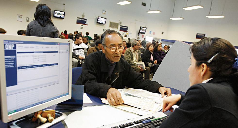 Comisión de Economía tiene consenso para retiro de AFP con topes