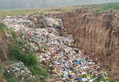 Municipio de Huancané genera botadero ilegal en comunidad campesina