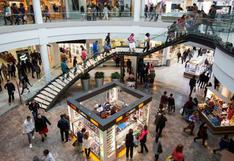 Centros comerciales reabren sus puertas en regiones con alerta extrema