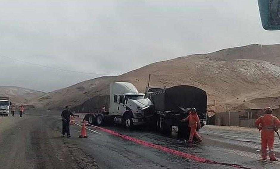Choque entre camiones deja a conductores heridos en Camaná