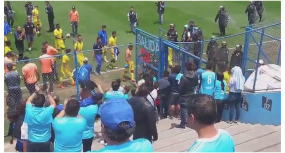 Hinchas de Sporting Cristal aplaudieron a Comerciantes Unidos por victoria en el Alberto Gallardo (VIDEO)