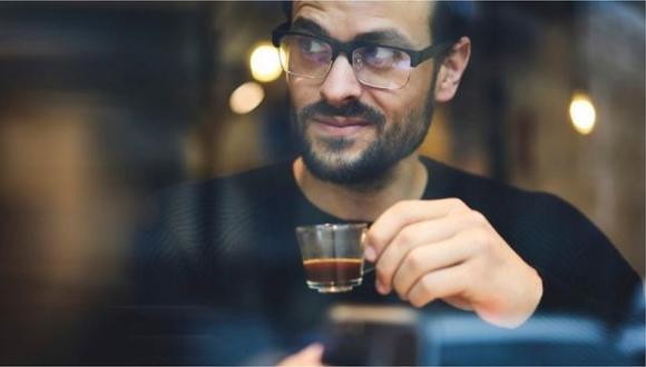 """Las personas que toman café sin azúcar podrían ser """"malvados"""", según estudios"""