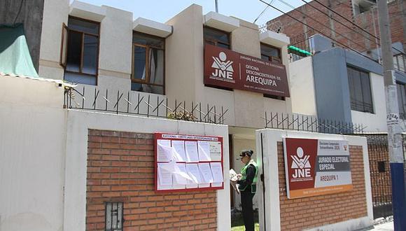 Tres listas en Arequipa superaron el periodo de tachas