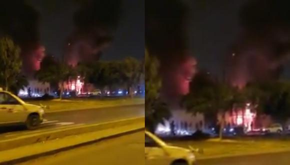 Más de 15 unidades de bomberos han llegado a la cuadra 40 de la avenida Universitaria en Los Olivos.