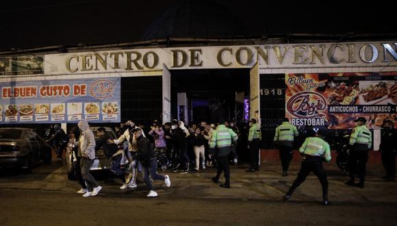 La fiesta se llevó a cabo durante el horario de inmovilización social obligatoria. (FOTOS: JOEL ALONZO/ @photo.gec)