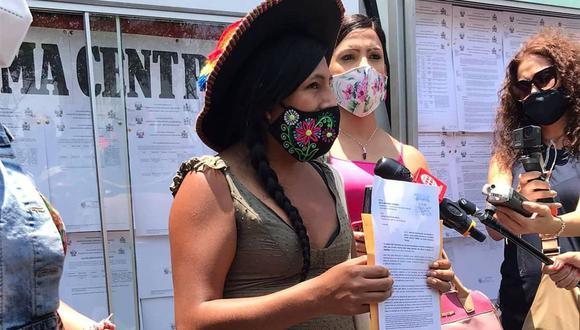 Gahela Cari envió una carta al JNE pidiendo sanción contra el candidato de Renovación Popular. (Foto: Twitter Gahela Cari)