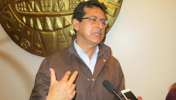 Alcalde de Cusco exige la renuncia de Bruno Giuffra por tema Aeropuerto de Chinchero
