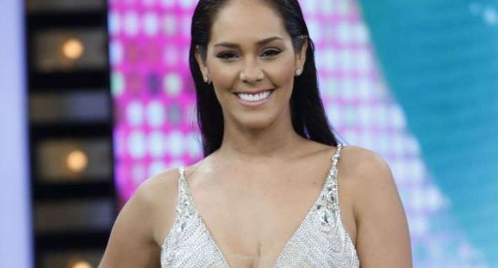 """Karen Schwarz no estuvo hoy en """"Mujeres Al Mando"""" tras polémica con Anahí de Cárdenas"""