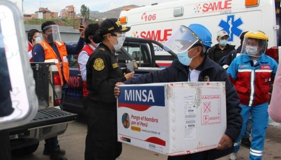 Cusco:  la distribución de las vacunas se realizó bajo estrictas medidas de seguridad de la Policía Nacional y Contraloría General. (Foto: Difusión)