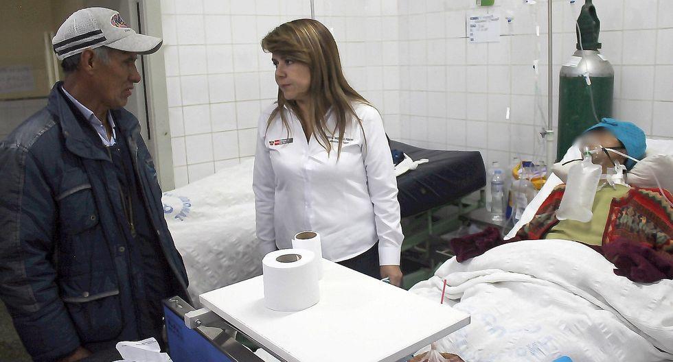 Ministra de Salud comprueba hacinamiento en el Hospital Regional de Cusco (FOTOS)