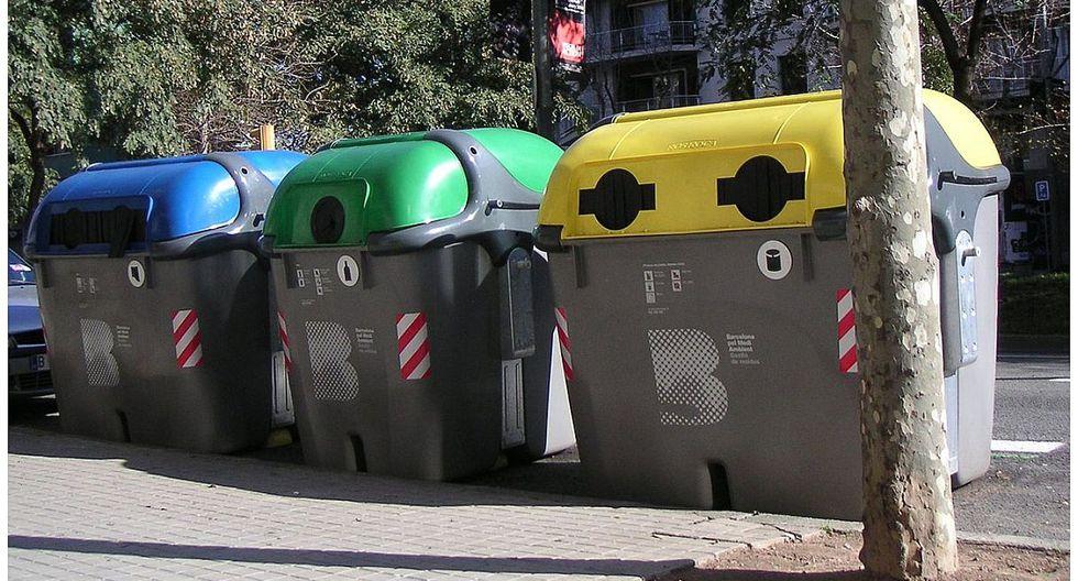 Furia en Inglaterra tras decisión de recoger la basura solo una vez al mes