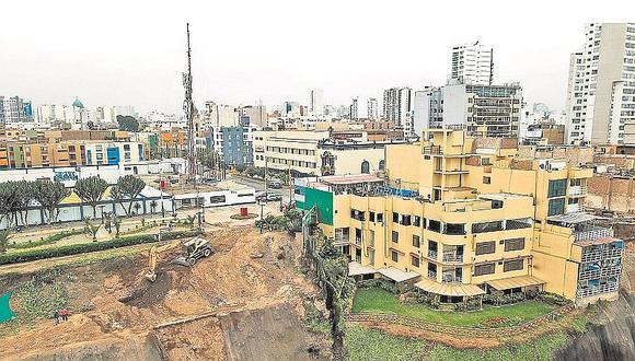 Edificios en acantilado de Magdalena podrían colapsar tras un fuerte sismo