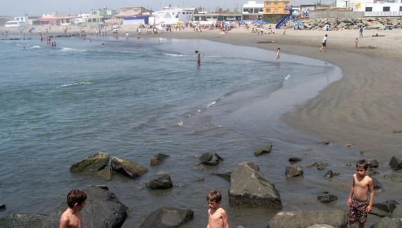 playa de salaverry trujillo peru