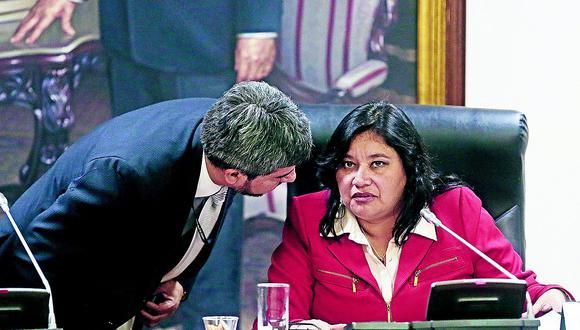Janet Sánchez planteará investigar a Castro y fujimoristas en Ética