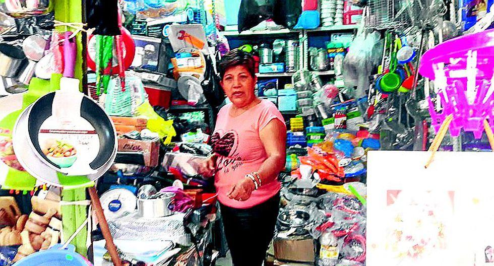 Roban S/1,800 de puesto de mercado