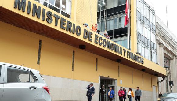 MEF impulsa el fortalecimiento patrimonial de las instituciones especializadas en microfinanzas. (Foto: GEC)