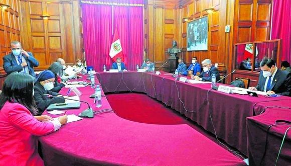Comisión Especial dispuso la modificación del cuadro final de las notas publicadas el 14 de mayo con respecto al puntaje otorgado a uno de los candidatos. (Foto: Tatiana Gonzales / Congreso de la República)