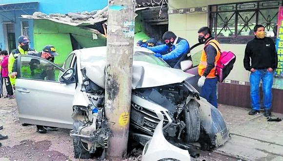 Otros tres heridos fueron internados en el hospital San Juan de Matucana. La policía de la zona investiga las causas del accidente.
