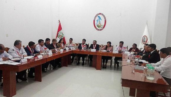 Consejo regional actual tiene 16 miembros