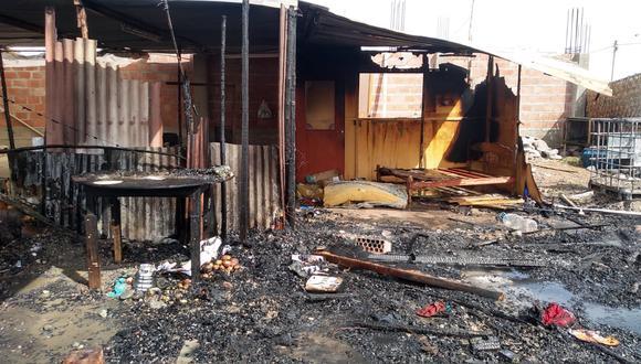 Fuego destruyó dos casas precarias en el Promuvi Señor de los Milagros III Etapa