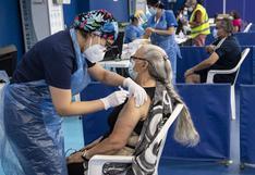 Chile vacuna contra el COVID-19 al 50% de su población objetivo con al menos una dosis