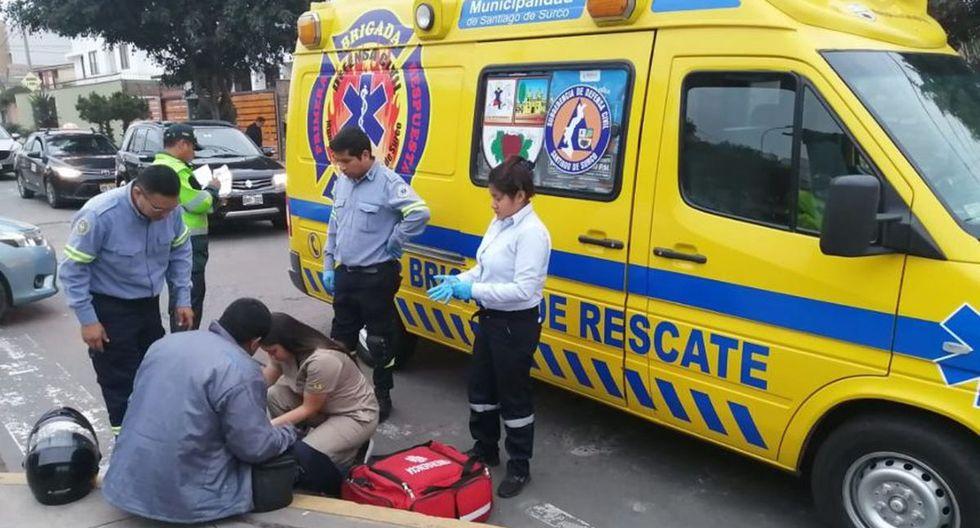 Los desfibriladores son llevados por la ambulancia municipal y las seis unidades móviles de la Brigada de Rescate de Surco. (Municipalidad de Surco)