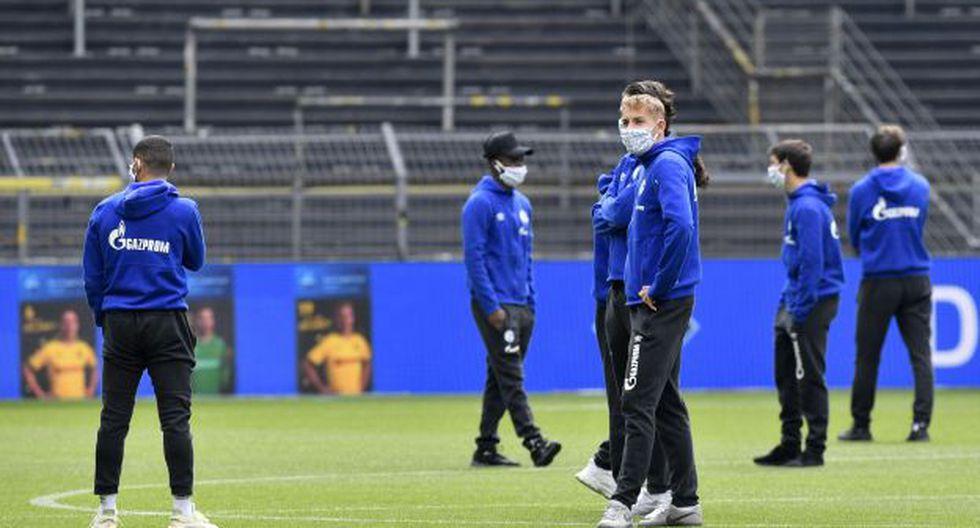Schalke 04 confirmó que sancionará a los jugadores implicados. (Foto: AFP)