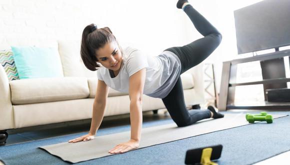 """""""El ejercicio físico programado, con un plan que se ajuste a tu capacidad física, te ayudarán a mejorar tu salud"""", dijo Israel Tejeda, líder técnico Smart Fit Perú. . (Foto: Shutterstock)"""