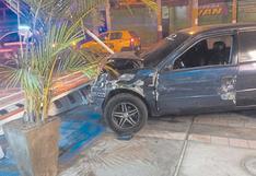 Chimbote: Automóvil pierde control y hiere a dos