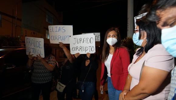 Dos candidatas al Congreso denuncian presunto fraude electoral en Ica.
