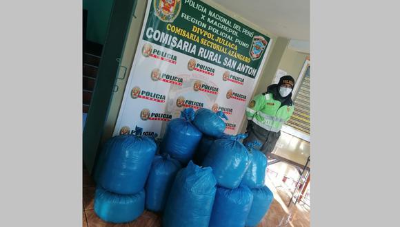 Las 15 bolsas en conjunto suman 156 kilogramos de hoja de coca. (Foto: Difusión)