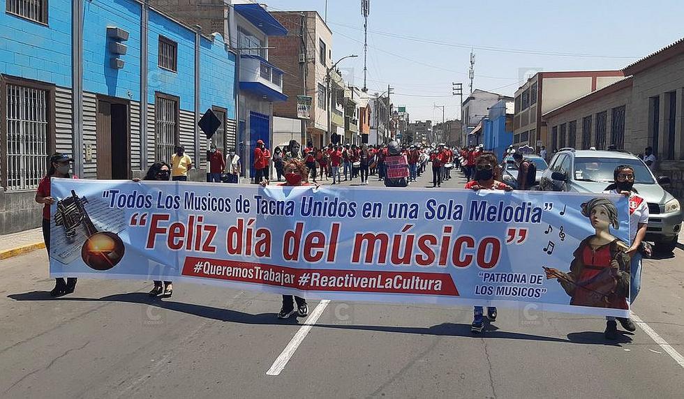 Músicos marchan en Tacna exigiendo la reactivación cultural