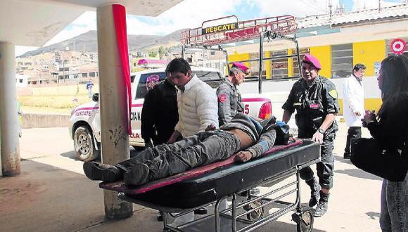 Policía ebrio sufre asalto y corte en el rostro en su día de descanso en Puno