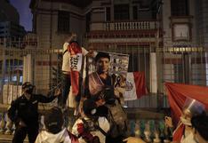 Imágenes de la marcha por la muerte de joven peruano lanzado desde puente por extranjeros en Colombia