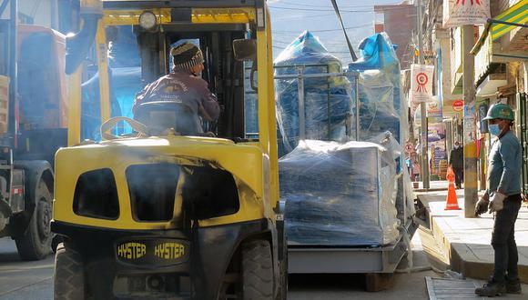 Planta de oxígeno llegando al hospital de Huancavelica. (Foto: Legados)