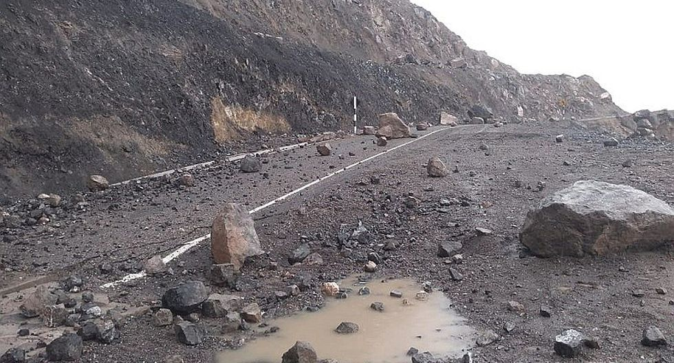 Huaicos y lluvias dejan pueblos aislados en provincias de Arequipa