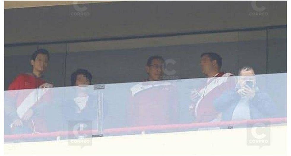Presidente Martín Vizcarra estuvo presente en el partido entre Perú y Colombia