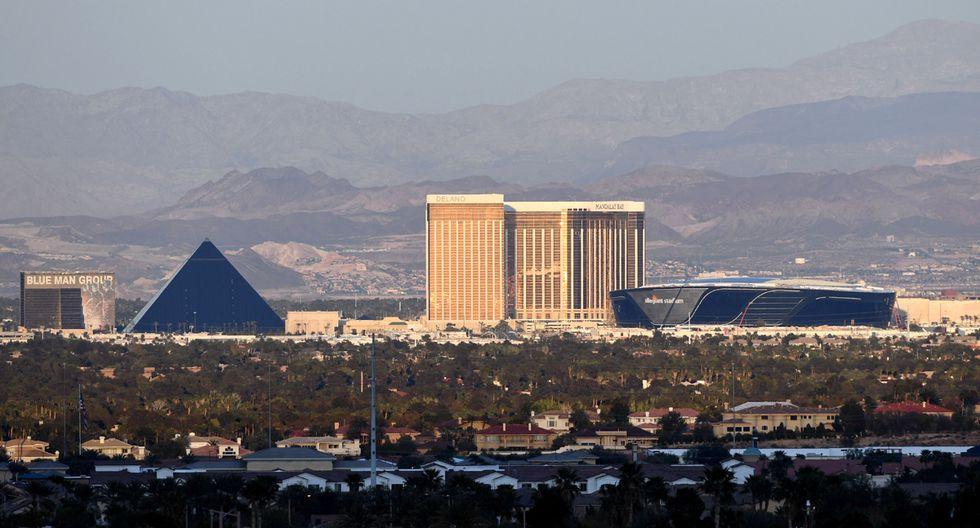 Las Vegas se convirtió en un pueblo fantasma luego que los negociosen esta ciudad cerraran sus operaciones por la pandemia del coronavirus, dejando miles de personas desempleadas. (Foto: AFP/Ethan Miller)