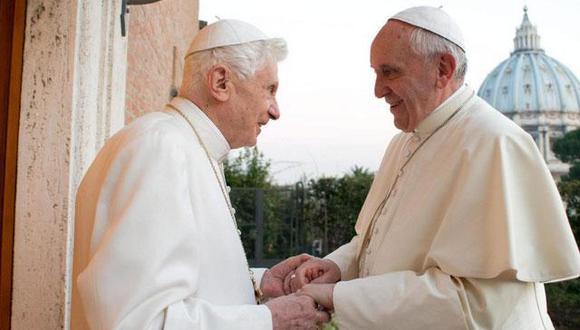 Papa Francisco ha invitado a Benedicto XVI a las canonizaciones de los dos papas