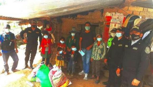 Asimismo, los miembros de la Policía Nacional realizaron una jornada de limpieza y pintado en su vivienda (Foto: PNP)
