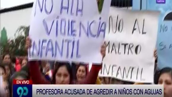 Ventanilla: Madres denuncian a docente que agrede física y psicológicamente a menores de 3 años (VIDEO)