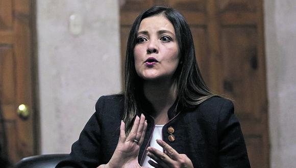 La exgobernadora de Arequipa Osorio carga con 27 investigaciones