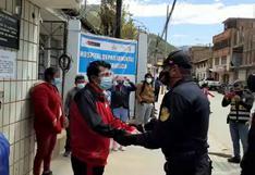 Huancavelica: Dan de alta a oficial de la policía que estuvo internado con COVID-19